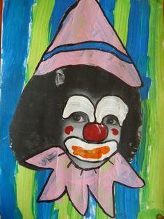 voici mes petits clowns avec un fond à l'éponge pour les PS et un fond avec des lignes verticales pour les MS Beatrix