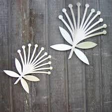 Show images of pohutukawa flowers Summer Christmas, Christmas Rock, Christmas Poster, Christmas Crafts, Christmas Trees, Christmas Ornament, New Zealand Tattoo, Laser Cutter Ideas, Nz Art