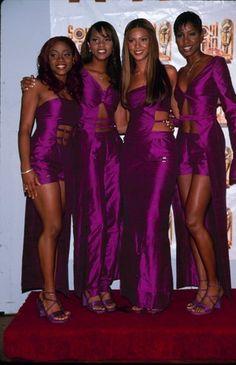 2000s Fashion, Paris Fashion, Fashion Outfits, Spring Fashion, Original Destiny's Child, Beyonce Knowles Carter, Tina Knowles, Beyonce Style, Beautiful Black Women