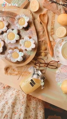 Fun Baking Recipes, Sweet Recipes, Cooking Recipes, Cute Food, Yummy Food, Doce Light, Fairy Food, Cute Desserts, Aesthetic Food