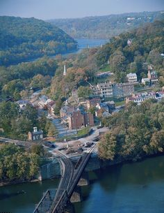Harpers Ferry, West Virginia National Historical Park- View from Maryland Heights One of my all time favorite places! Harpers Ferry West Virginia, Montana, Maryland Heights, West Va, Colorado, Just Dream, Us National Parks, Beautiful Sites, Thing 1