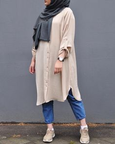 176 modest casual dress shirt with jeans – page 1 Modest Dresses Casual, Modest Fashion Hijab, Modern Hijab Fashion, Street Hijab Fashion, Muslim Women Fashion, Casual Hijab Outfit, Hijab Fashion Inspiration, Islamic Fashion, Modest Outfits Muslim
