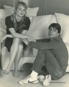 Risky Business promo shot of Tom Cruise & Rebecca De Mornay Risky Business Movie, Tom Cruise Young, Curtis Armstrong, 1980s Films, Movie Pic, Laura Palmer, Lights Camera Action, Great Movies, Movie Quotes