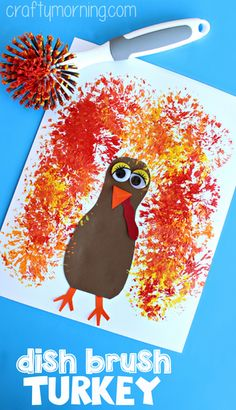 Learn how to make this adorable dish brush turkey craft for kids! All you need is paper, glue, scissors, paint and a dish brush! A fun Thanksgiving art project Daycare Crafts, Classroom Crafts, Preschool Projects, Preschool Art, Toddler Crafts, Craft Activities, Autumn Activities, Turkey Crafts Preschool, Art Projects