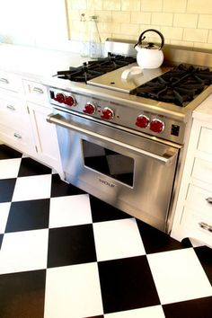 wolf oven .....red knobs