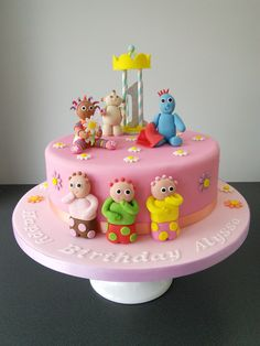 In the Night garden birthday cake, with upsy daisy and iggle piggle