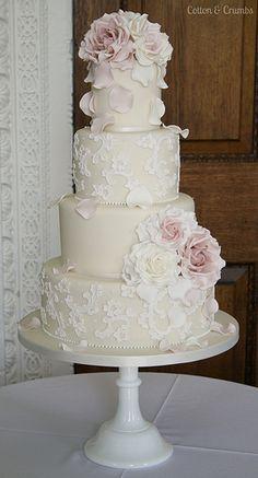 Delicate Lace wedding cake.....so beautiful