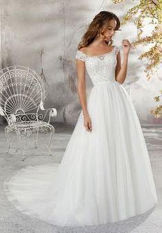 11a914b4e4b9 Morilee by Madeline Gardner/Blu 5683 / Leticia Ball Gown Wedding Dress  Bröllopsklänningsstilar, Brudklänningar