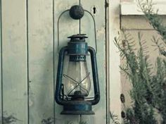 Decorating With Lanterns For Rustic Warmth - Rustic Crafts & Chic Decor Old Lanterns, White Lanterns, Vintage Lanterns, Lanterns Decor, Hanging Lanterns, Rustic Crafts, Rustic Decor, Lantern Tattoo, Back To Nature