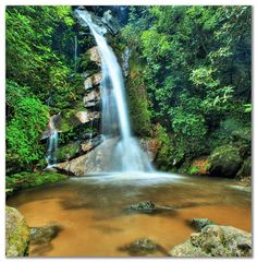 The waterfall Sweet Sixteen, Sundarijal, Nepal
