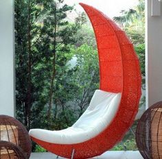 Do you want to relax at home and do nothing during the week end? You can do this by sitting lazily on your Lounge Chair. This must be something that is everyone wants to do when they have gone through quite busy days during the weeks