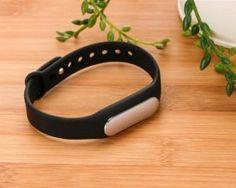 Inteligentný SMART Xiaomi Mi band náramok v čiernej farbe Smartwatch, Wearable Device, Smart Bracelet, Fitbit Flex, Gadget, Band, The Originals, Bracelets, Stuff To Buy