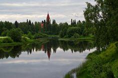 Näkymä Ouluntien sillalta Ylivieskan kirkolle