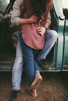 Cute couple Photo Couple, Love Couple, Couple Shoot, Couple Things, Couple Goals, Engagement Couple, Engagement Pictures, Country Engagement, Engagement Session