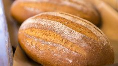 pecen chleba Bread, Food, Brot, Essen, Baking, Meals, Breads, Buns, Yemek