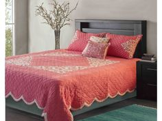 Coral coloured Hand Quilted Bedspread with Applique work Quilted Bedspreads, Hand Quilting, Coral Color, Bed Spreads, Decorative Accessories, Kitchen Dining, Applique, Quilts, Blanket