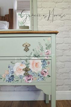 Floral Painted Furniture, Decopage Furniture, Decoupage Table, Living Furniture, Bedroom Furniture, Diy Furniture, Dressing Table With Drawers, Upcycled Furniture Before And After, Oak Cupboard