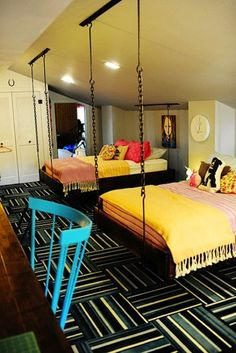 LOVE these hanging beds (via Pioneer Woman) would make a perfect teen room Dream Rooms, Dream Bedroom, Home Bedroom, Bedroom Ideas, Design Bedroom, Bedroom Decor, Master Bedroom, Awesome Bedrooms, Cool Rooms