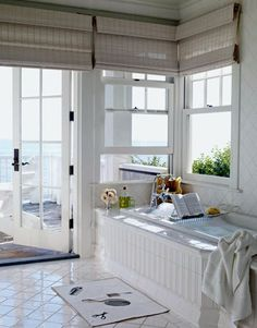 Another beach bathroom