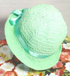 Lindos chapéus de crochê em verde degrade, nos tamanhos P M G    EXCLUSIVIDADE MIMOS DE SILVINHA R$ 78,00