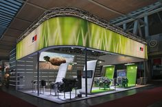 Projects: New exhibition concept for engine manufacturer MTU.
