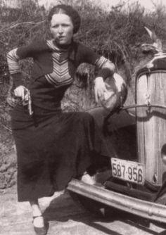 Bonnie Parker with a gun and smoking by sebaxxxtian, via Flickr