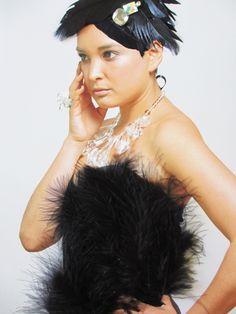 crea-tiff - bijoux Necklaces, Sculpture, Lady, Bijoux, Chain, Sculpting, Collar Necklace, Wedding Necklaces, Statue
