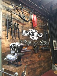 Release my Wild Soul Motorcycle Workshop, Motorcycle Shop, Motorcycle Garage, Cool Garages, Custom Garages, Garage Design, House Design, Design Design, Dirt Bike Room