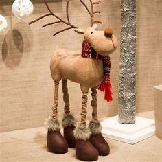 Christmas Decorations For The Home, Christmas Crafts For Gifts, Felt Christmas Ornaments, Christmas Sewing, Xmas Decorations, Christmas Projects, Christmas Moose, Rustic Christmas, Moose Crafts