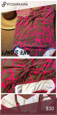 Size 12DD one piece Land's End swimsuit Size 12DD pink and green Land's send one piece swimsuit. Never been worn, but tags are gone. Excellent condition. Offers are always welcome 😊 Lands' End Swim One Pieces
