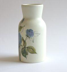 Beautiful vase from Arabia Finland.