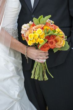 #Bouquet   #Roses   See this rainy day wedding on SMP: http://www.StyleMePretty.com/little-black-book-blog/2014/02/06/rainy-day-mountain-wedding/ Photography: Brinton Studios