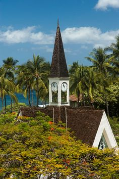 I was married here. Church on Maui at the Grand Wailea Resort & Spa Wailea Resort, Resort Spa, Wonderful Places, Beautiful Places, Maui Travel, Les Religions, Church Architecture, Cathedral Church, Old Churches