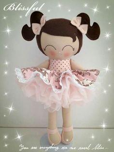 Tiny Dolls, Soft Dolls, Cute Dolls, Doll Sewing Patterns, Sewing Dolls, Felt Diy, Felt Crafts, Handmade Toys, Handmade Crafts