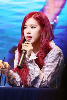 Kpop Girl Groups, Korean Girl Groups, Kpop Girls, Yg Entertainment, Pink Park, Blackpink Debut, Rose Bonbon, Rose Icon, Black Pink