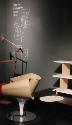 Interior Innovation Awards Gewinner der Kölner Möbelmesse imm cologne 2014: »Perillo« Sessel von Dauphin Home und »Tojo-dreh« Regal (rechts). Die Designklassiker von morgen: http://blog.ikarus.de/allgemein/imm-cologne-2014_8060.html