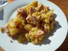 Pfanne Kartoffeln - Fried potatoes with meat are a traditional German food and popular in the fall.
