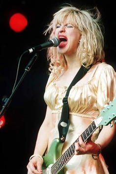 Courtney Love,went absolutely f#+/@£/ nuts when she saw the camera positions.mad as a box of frogs but her band hole were very tight. On later at the bbc studios.