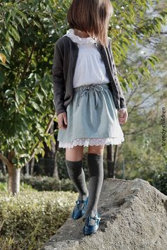 trendy children blog de moda infantil: VELVET skirt