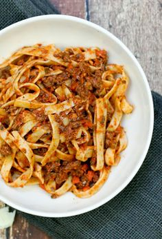Weeknight Bolognese with Fettuccine Recipe | Yummly