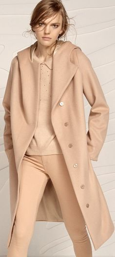 Patrizia Pepe 2015 Perfect Wardrobe, My Wardrobe, Fashion Maker, The Blushed Nudes, Timeless Fashion, Classy Fashion, Patrizia Pepe, Runway Fashion, Street Fashion