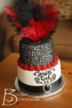 20's Inspired Burlesque Style Cake