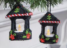 Plastic Canvas Ornaments, Plastic Canvas Tissue Boxes, Plastic Canvas Christmas, Plastic Canvas Crafts, Plastic Canvas Patterns, Plastic Craft, Christmas Crafts, Christmas Ornaments, Homemade Christmas