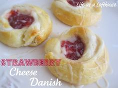 Life as a Lofthouse (Food Blog): Strawberry Cheese Danish