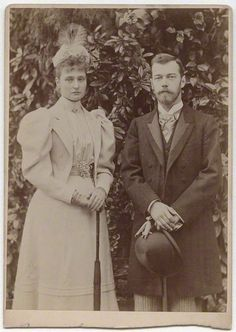 Tsar Nicholas II (18 May 1868—17 July 1918) and Alexandra Feodorovna (6 June 1872—17 July 1918). Photographer unknown.