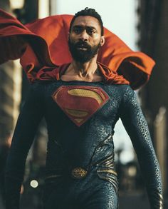 I really want to see Val Zod in a DC movie, also this cosplay is great - I really want to see Val Zod in a DC movie, also this cosplay is great - iFunny :) Funny Superman, Black Superman, Superman Movies, Batman Comic Art, Superhero Movies, Batman Comics, Superman Cosplay, Dc Cosplay, Male Cosplay