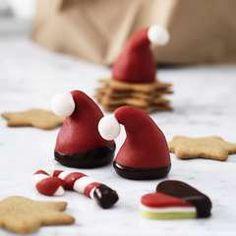 Marcipan + jul = sand - Panduro Hobby Christmas Cake Topper, Christmas Cake Decorations, Christmas Cupcakes, Kids Christmas Ornaments, Christmas Countdown, Christmas Candy, Cake Topper Tutorial, Cake Toppers, Candy