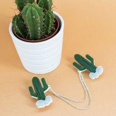 Cactus Collar Clips