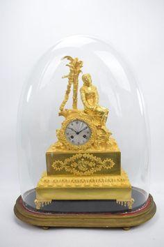 Wunderschöne feuervergoldete Bronze Pendule Kaminuhr Pocahontas um 1825 CharlesX