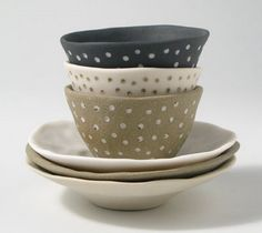 I am in love with the work of Brisbane Ceramic Artist, Mel Robson .   Basically my love for her work all started because I have a slig...